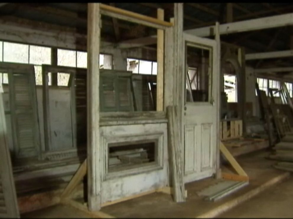 PHOTO: 'Gone with the Wind' house was found in a barn in Henry County, Ga.