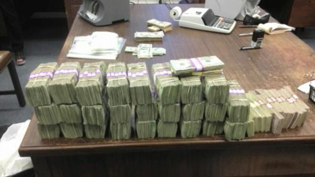 Mississippi Traffic Stop Yields 364 590 In Hidden Cash