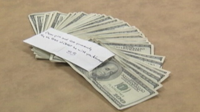 VIDEO: Anonymous person dropped note and cash in a Tennessee Salvation Army red kettle.