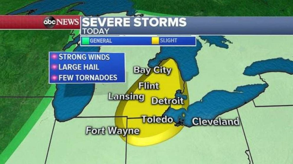 PHOTO: Severe storms develop.