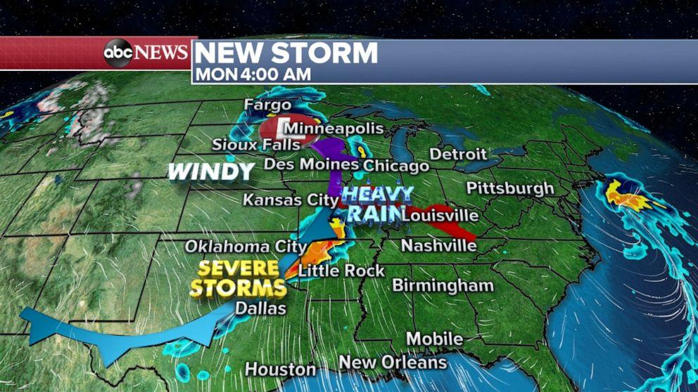 PHOTO: New storm