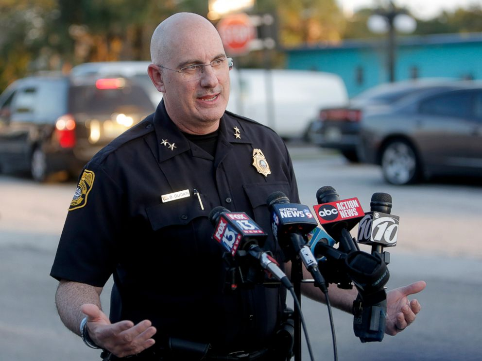 PHOTO: Tampa Police Chief Brian Dugan holds a news conference in a parking lot behind the Ybor City McDonalds, Nov. 28, 2017, in Tampa, Fla.