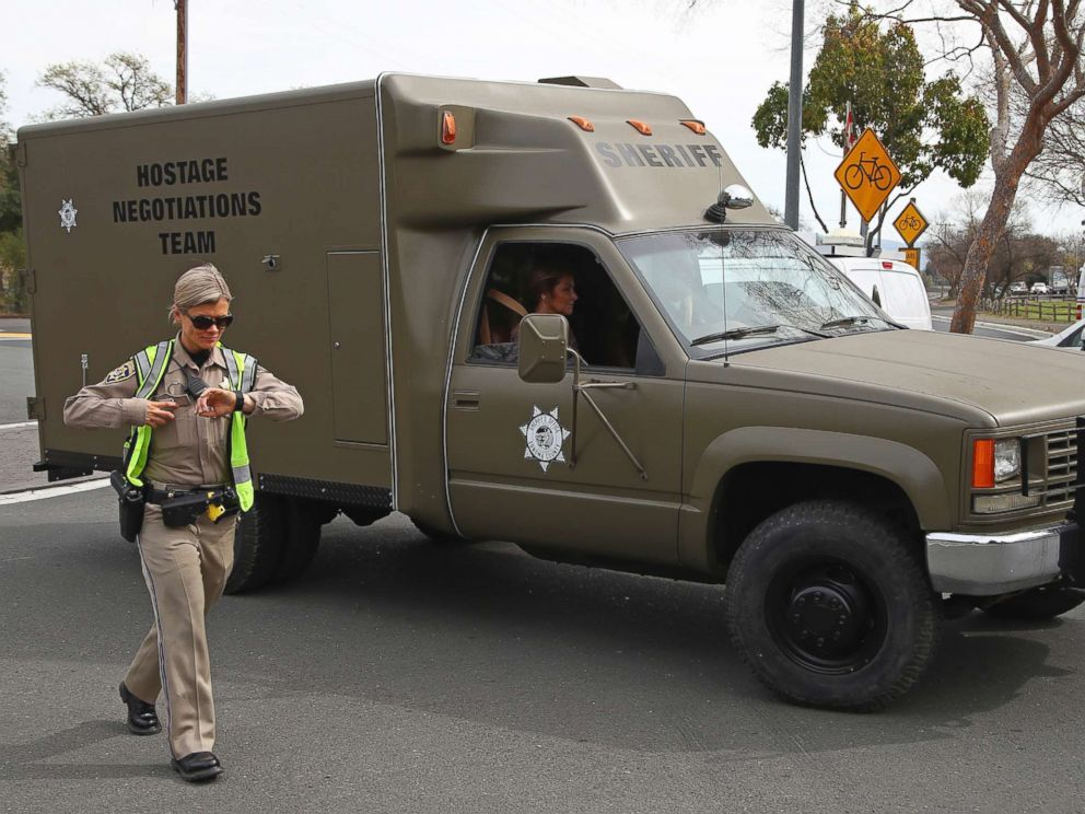 PHOTO: A sheriffs hostage negotiation team passes a California highway patrol checkpoint at the Veterans Home of California in Yountville, Calif., March 9, 2018.