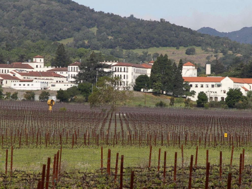 PHOTO: In this April 17, 2011 file photo, vineyards are shown in front of the Veterans Home of California in Yountville, Calif.