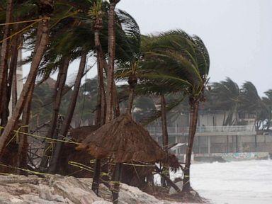 Zeta to regain strength, make landfall as a Category 1 hurricane outside New Orleans