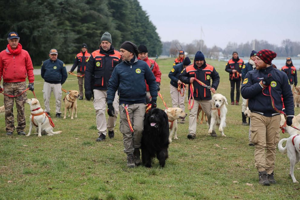 PHOTO: Dogs and their handlers practice regularly at the Italian School for Rescue Dogs outside of Milan, Italy.