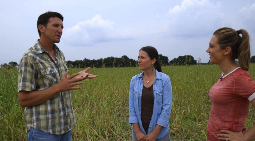 PHOTO: Ginger Zee visits ranchers Jonathan and Kaylyn Cobb who saved their soil by introduction grass-fed cattle.