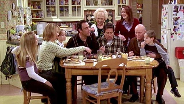 "PHOTO:Scene from ""Everybody Loves Raymond"""