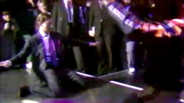 PHOTO:Prince Charles busts a move in this rare 1980s footage.