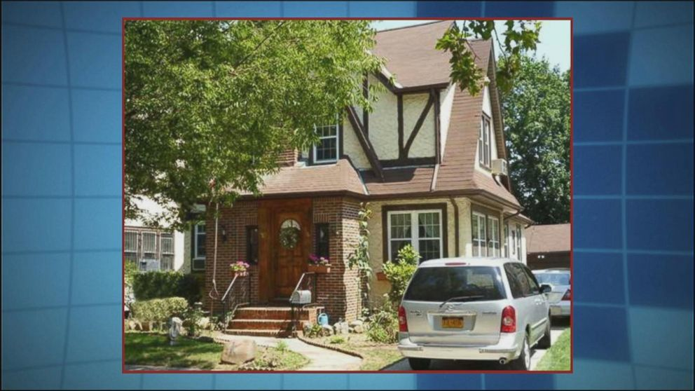 peek inside donald trump s childhood home abc news