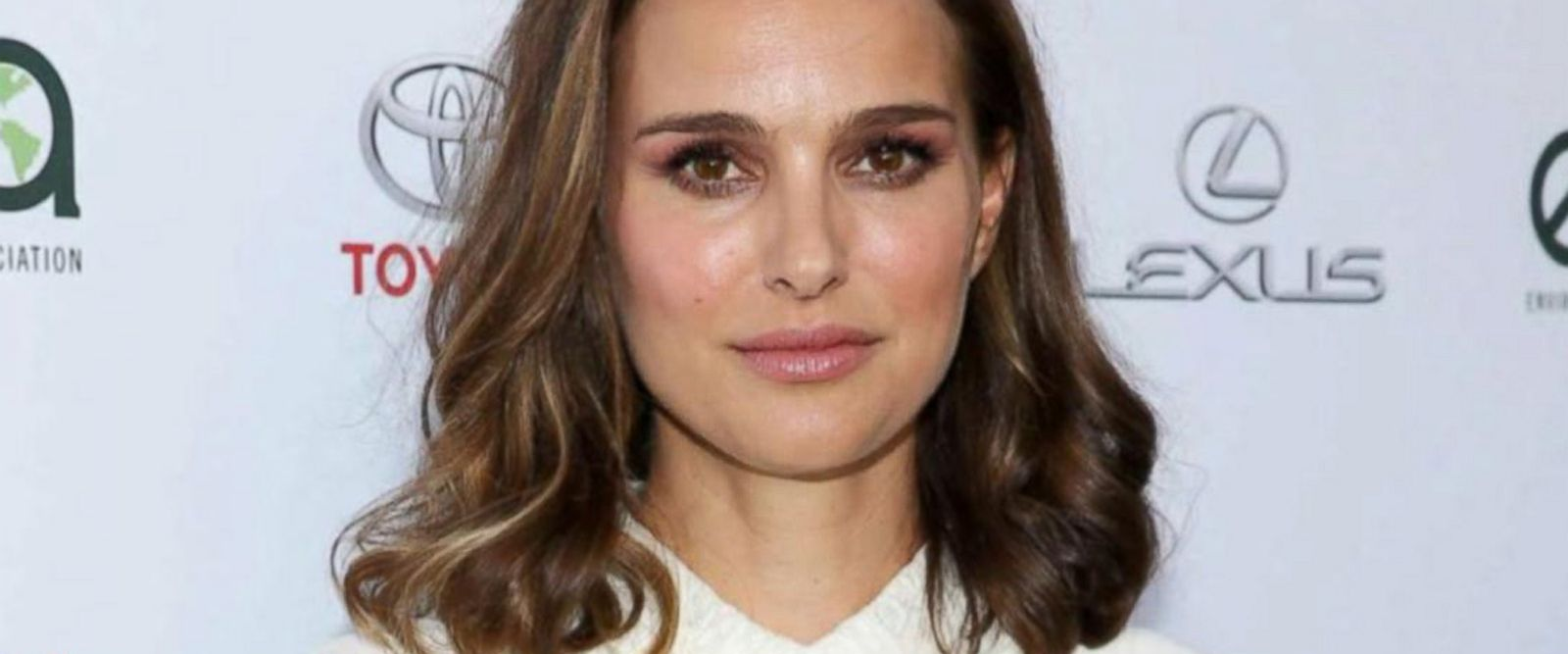VIDEO: 'Start Here' podcast: Natalie Portman declines award, blames Benjamin Netanyahu