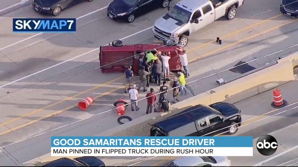 Bystanders make incredible roadside rescue
