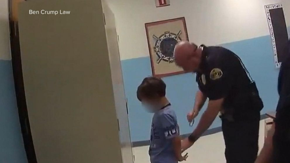 Video: Police tried to cuff young boy at Florida school thumbnail