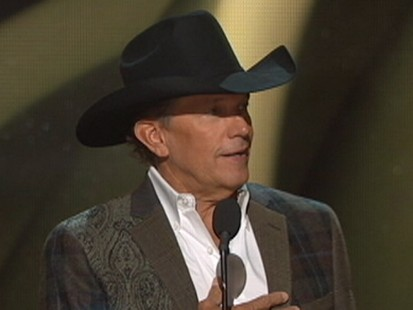 George Strait Rules at the CMAs