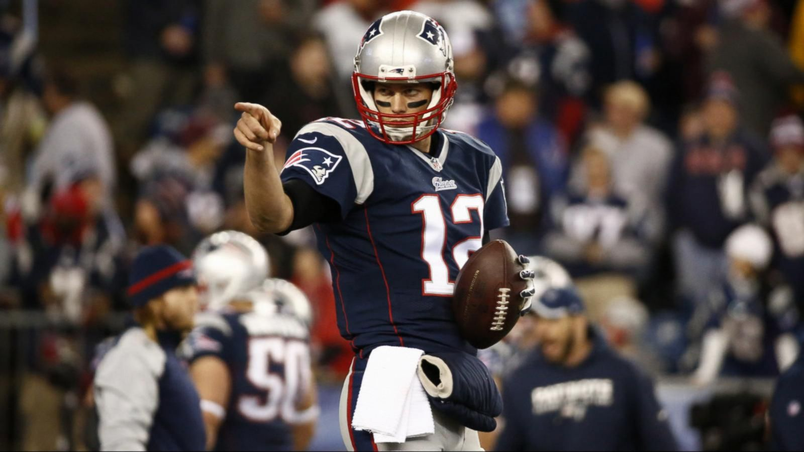 Deflategate: NFL Probing Whether New England Patriots Used Deflated Balls -  ABC News