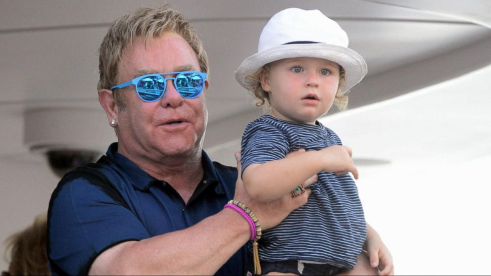 190a4736526f buffering. Replay. Index: Elton John Calls for a Boycott on Dolce and  Gabbana ...