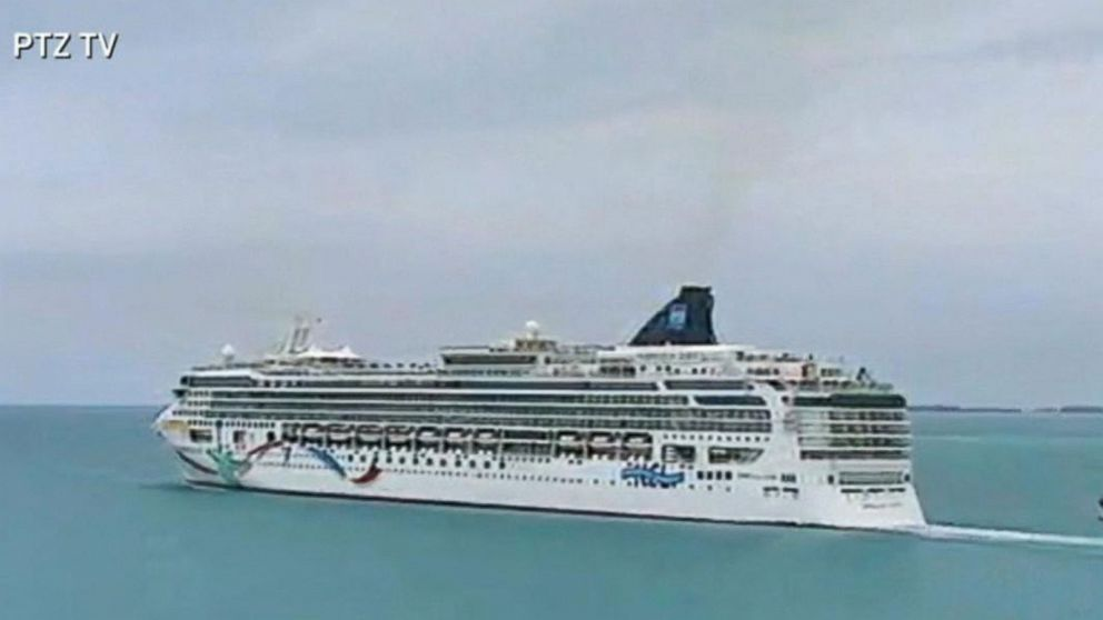 Time Lapse Video Of Norwegian Cruise Liner Run Aground Video Abc News