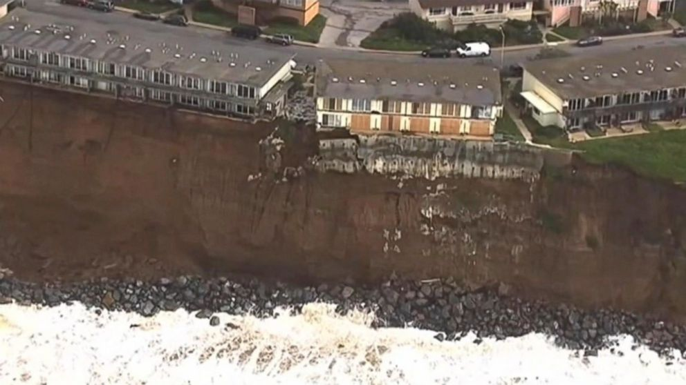 . Cliffhanger  Homes in Danger of Falling Off a Cliff in in California