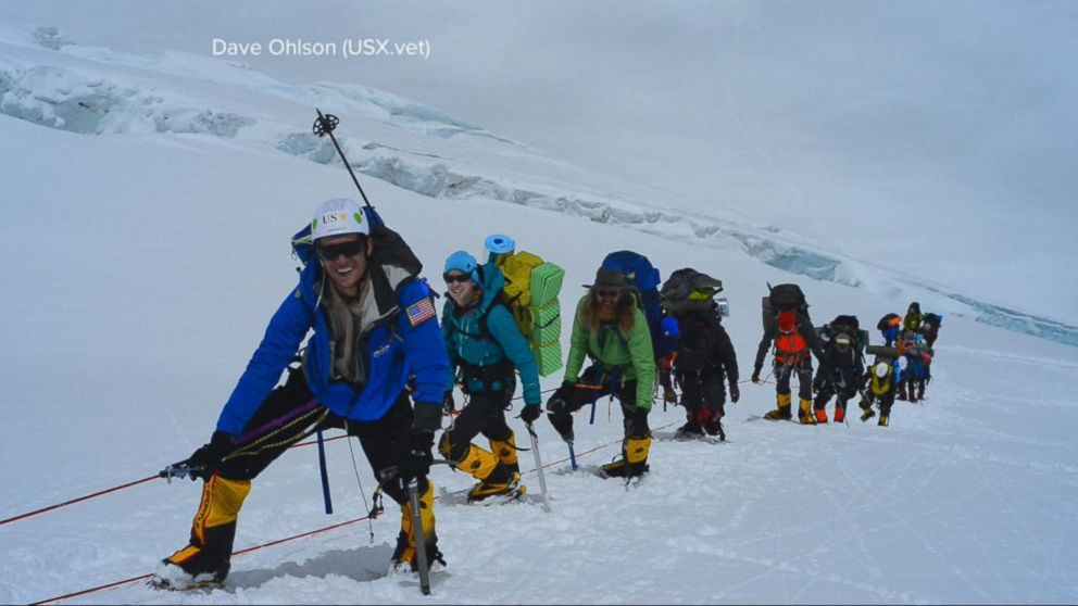 US Veterans Climb Mount Everest to Raise Awareness of Military Suicides