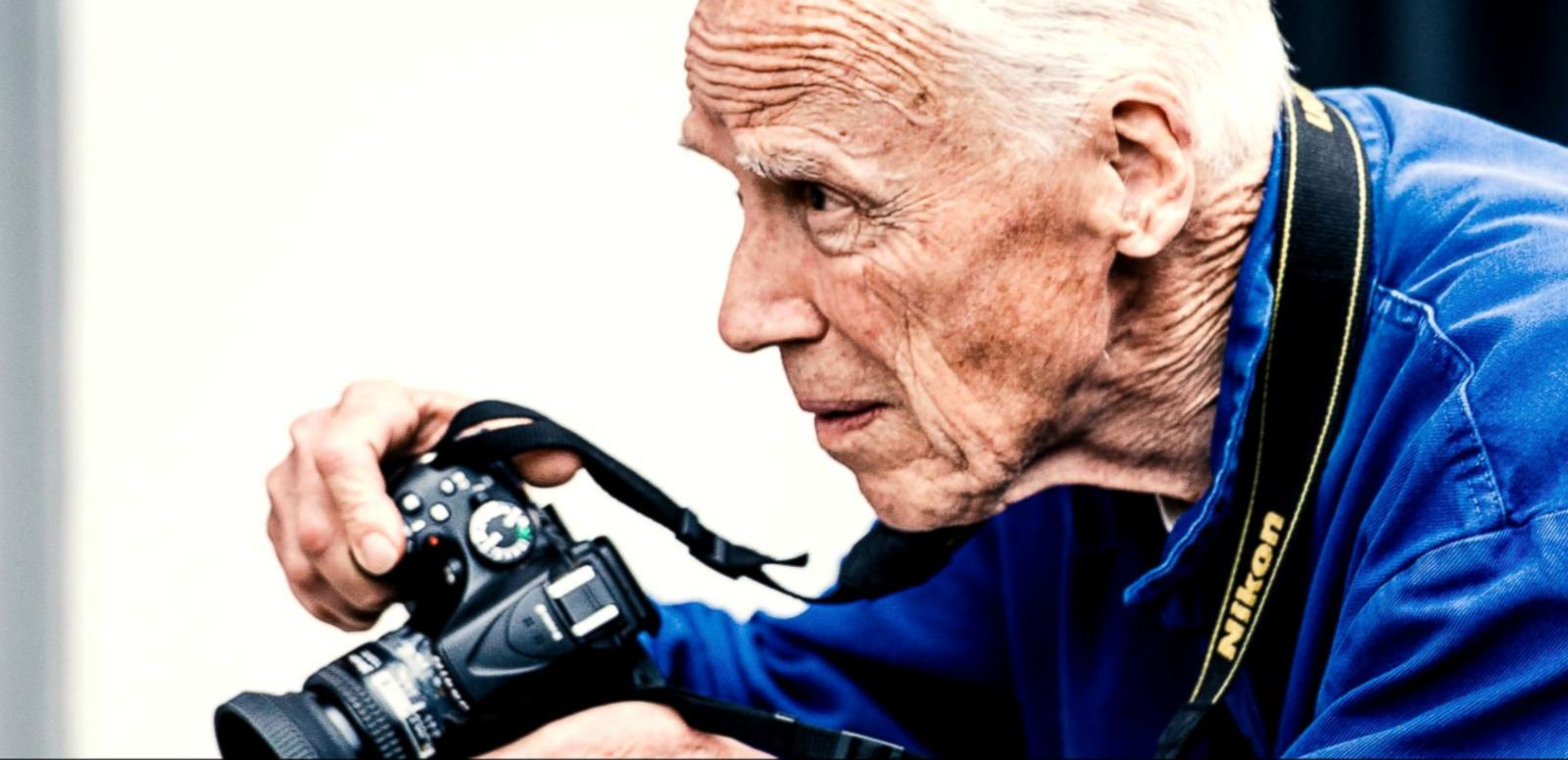 VIDEO: Legendary Fashion Photographer Bill Cunningham Dies After Suffering From a Stroke