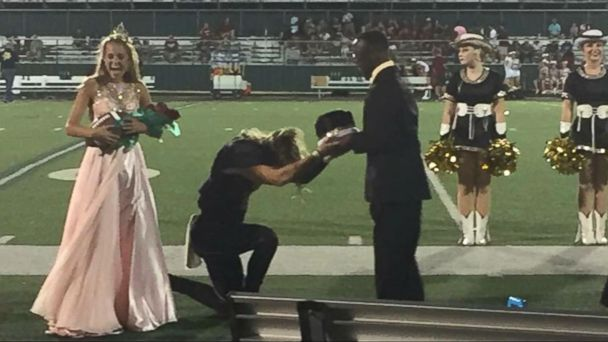 Homecoming Hero Gives Homecoming Crown to Friend With Cerebral Palsy