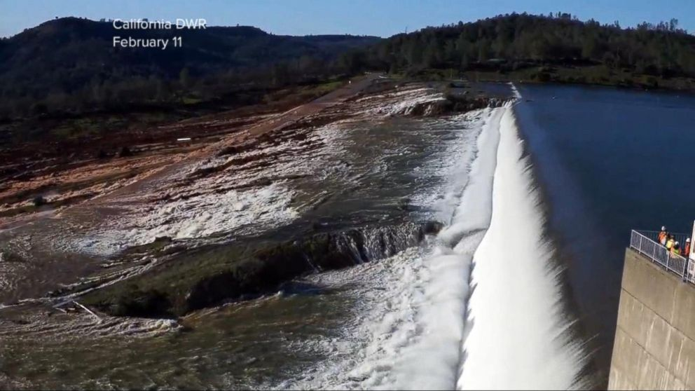 Crews race against wet weather to fix damage near California dam