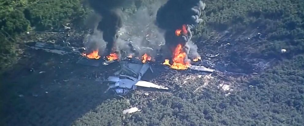 VIDEO: Military cargo plane crashes in Mississippi field