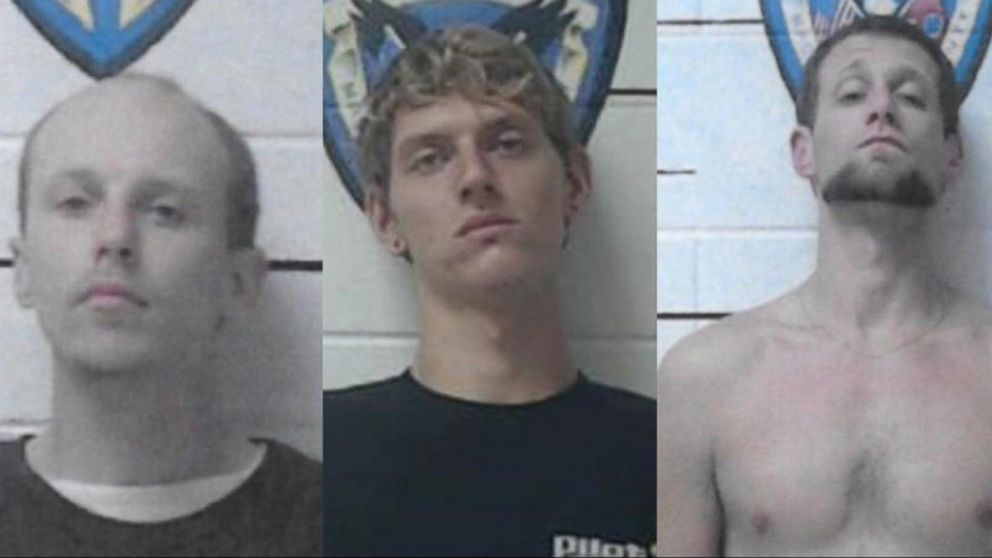 Tennessee inmates removed speaker from wall, crawled in to