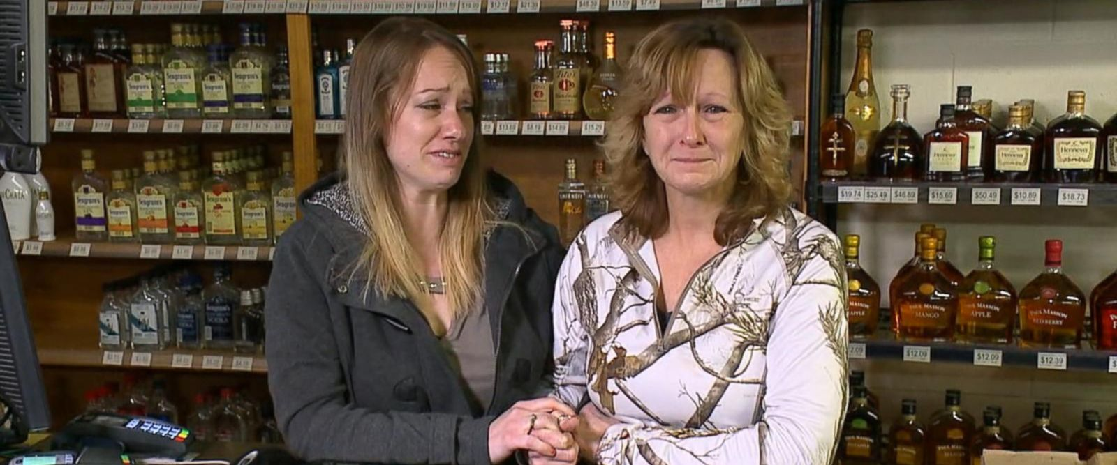 VIDEO: Mother and daughter grabbing their own guns to turn the table on alleged serial robber