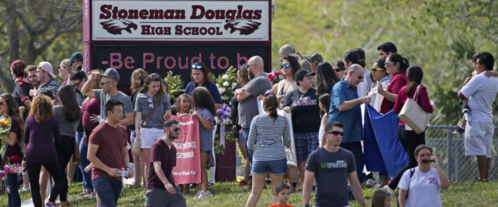VIDEO: Students in Florida return to school in emotion
