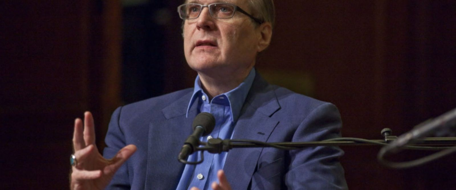 Paul G. Allen, co-founder of Microsoft, died on Monday afternoon in Seattle from complications of non-Hodgkin's lymphoma, a statement from his family said.