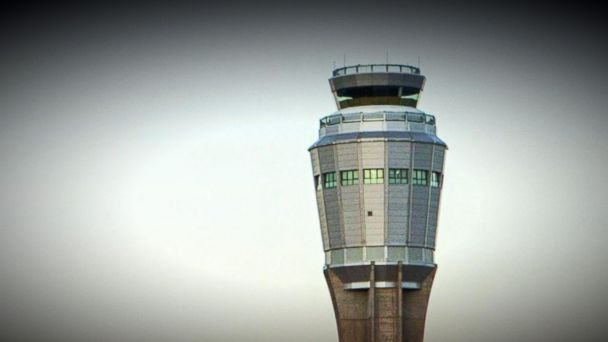 FAA changes overnight shift policy after air traffic controller scare
