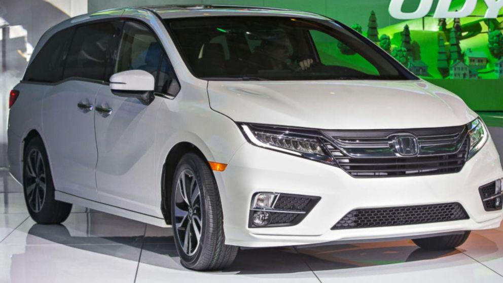 Recalls Honda Com >> Honda Recalls 2018 2019 Honda Odysseys Video Abc News