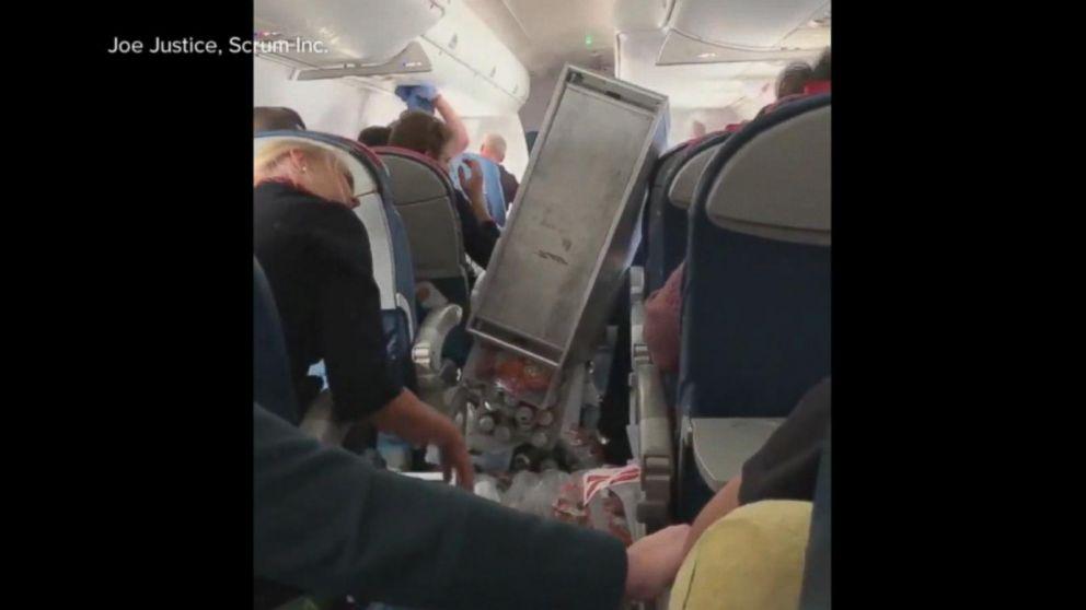 Violent turbulence rocks Delta flight, injuring at least 3 passengers