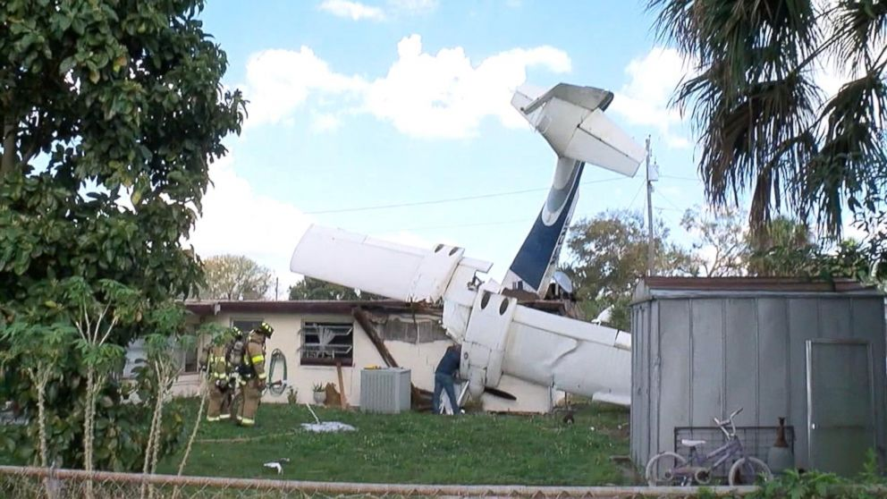 911 Call Captures Race To Free Woman Trapped In Wall After Plane Crashes Into Florida House Abc News
