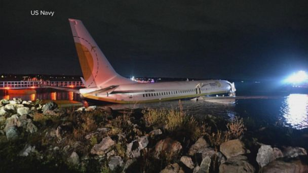 New details on plane that skidded off the runway in Florida