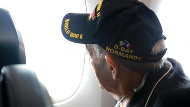 World War II veterans travel to Normandy hoping for 'closure'