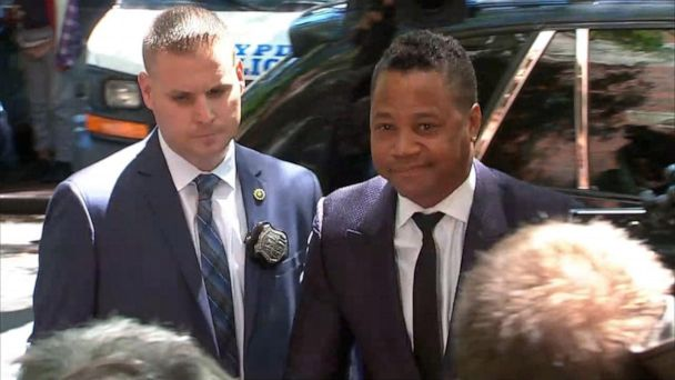 Cuba Gooding Jr. turns himself in to the NYPD