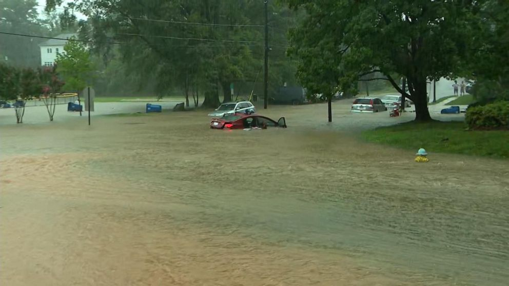 Dangerous flash flooding hits Washington DC during morning commute