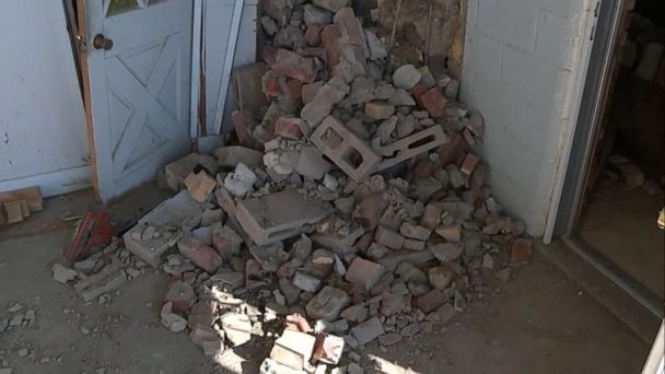 4.6-magnitude earthquake rattles residents awake near Seattle