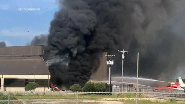Videos capture plane crash near Dallas that killed 10