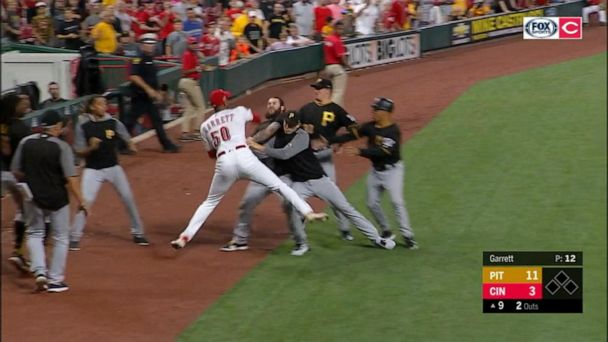 6 MLB players, 2 managers fined and suspended for huge brawl