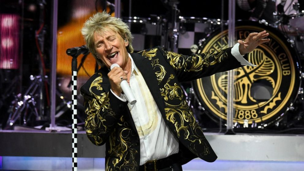 Singer Rod Stewart goes public with fight against prostate cancer