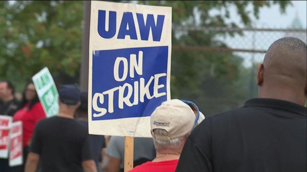 General Motors workers hit picket line after new contract talks fail