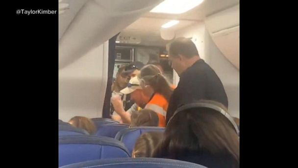 Equipment malfunction diverts United flight to Denver