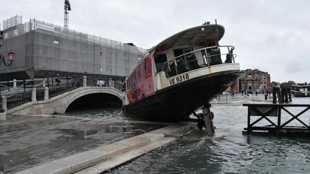 Climate change blamed for deadly, damaging floods in Italy
