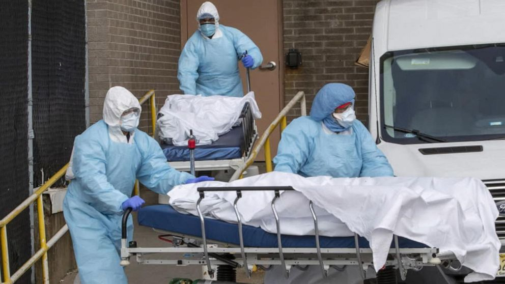Wisconsin hits new daily records for virus cases, deaths