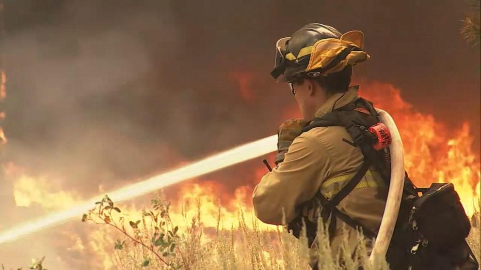 Caldor fire fueled by low humidity, high winds Video - ABC News