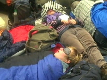 Americans Flee Cairo