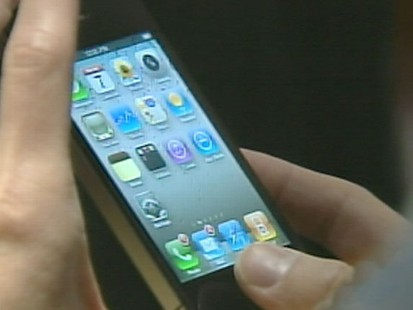 VIDEO: Steve Jobs announces the company will offer free covers to fix reception issues.